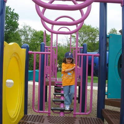 Play structure 2